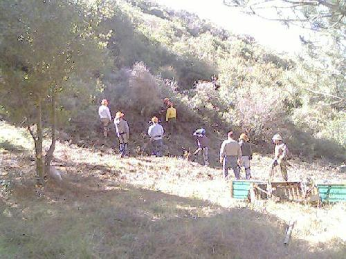 Trail Builders receive fire suppression training